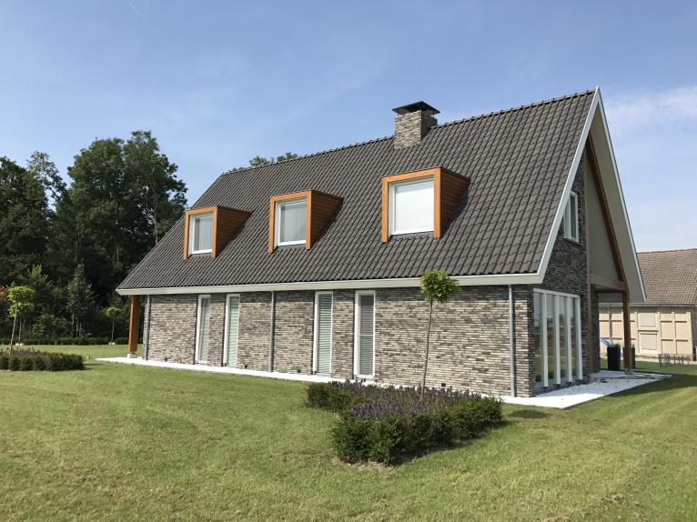 Aannemersbedrijf v d heijkant woningbouw maneges for Tekenprogramma bouw